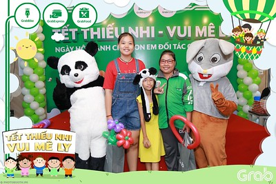 GrabKid-Tet-Thieu-Nhi-Vui-Me-Ly-Children-Day-Activation-instant-print-WefieBox-photo-booth-Vietnam-033