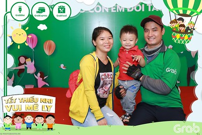 GrabKid-Tet-Thieu-Nhi-Vui-Me-Ly-Children-Day-Activation-instant-print-WefieBox-photo-booth-Vietnam-013