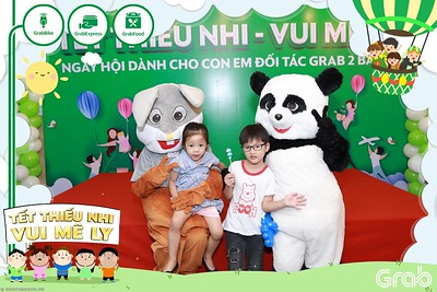 GrabKid-Tet-Thieu-Nhi-Vui-Me-Ly-Children-Day-Activation-instant-print-WefieBox-photo-booth-Vietnam-002