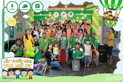 GrabKid-Tet-Thieu-Nhi-Vui-Me-Ly-Children-Day-Activation-instant-print-WefieBox-photo-booth-Vietnam-010