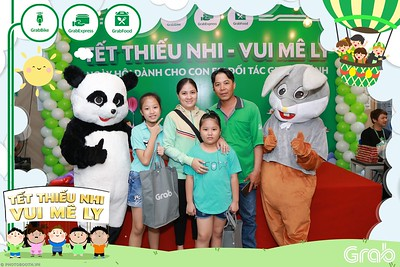 GrabKid-Tet-Thieu-Nhi-Vui-Me-Ly-Children-Day-Activation-instant-print-WefieBox-photo-booth-Vietnam-031