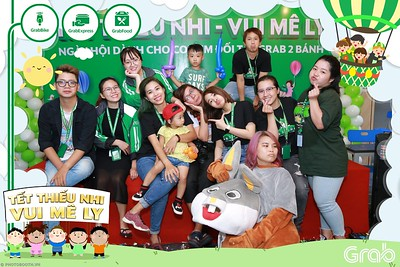 GrabKid-Tet-Thieu-Nhi-Vui-Me-Ly-Children-Day-Activation-instant-print-WefieBox-photo-booth-Vietnam-008