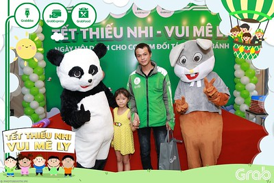 GrabKid-Tet-Thieu-Nhi-Vui-Me-Ly-Children-Day-Activation-instant-print-WefieBox-photo-booth-Vietnam-030