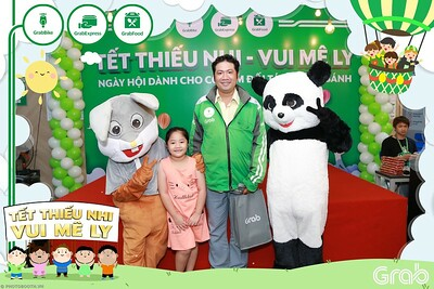 GrabKid-Tet-Thieu-Nhi-Vui-Me-Ly-Children-Day-Activation-instant-print-WefieBox-photo-booth-Vietnam-041