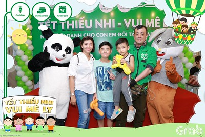 GrabKid-Tet-Thieu-Nhi-Vui-Me-Ly-Children-Day-Activation-instant-print-WefieBox-photo-booth-Vietnam-021