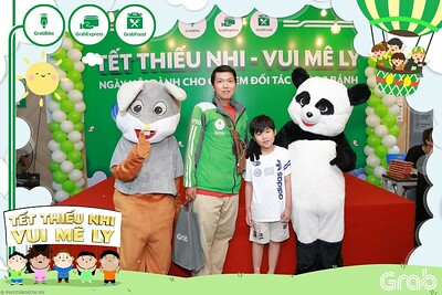 GrabKid-Tet-Thieu-Nhi-Vui-Me-Ly-Children-Day-Activation-instant-print-WefieBox-photo-booth-Vietnam-043