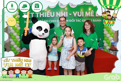 GrabKid-Tet-Thieu-Nhi-Vui-Me-Ly-Children-Day-Activation-instant-print-WefieBox-photo-booth-Vietnam-026