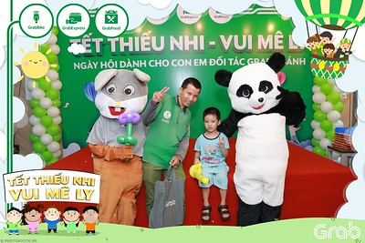 GrabKid-Tet-Thieu-Nhi-Vui-Me-Ly-Children-Day-Activation-instant-print-WefieBox-photo-booth-Vietnam-025