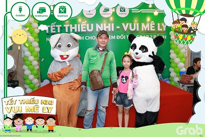 GrabKid-Tet-Thieu-Nhi-Vui-Me-Ly-Children-Day-Activation-instant-print-WefieBox-photo-booth-Vietnam-044