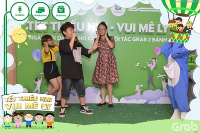 Grab-Hanoi-GrabKid-Children-Day-June-1-instant-print-photobooth-in-anh-lay-ngay-Quoc-te-Thieu-Nhi-2019-WefieBox-Photobooth-Hanoi-048