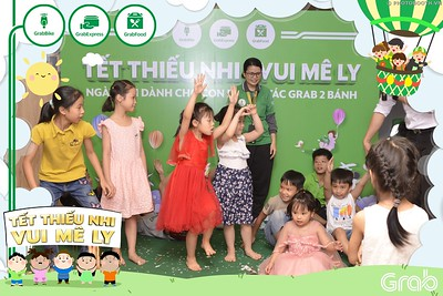 Grab-Hanoi-GrabKid-Children-Day-June-1-instant-print-photobooth-in-anh-lay-ngay-Quoc-te-Thieu-Nhi-2019-WefieBox-Photobooth-Hanoi-030