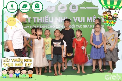 Grab-Hanoi-GrabKid-Children-Day-June-1-instant-print-photobooth-in-anh-lay-ngay-Quoc-te-Thieu-Nhi-2019-WefieBox-Photobooth-Hanoi-007