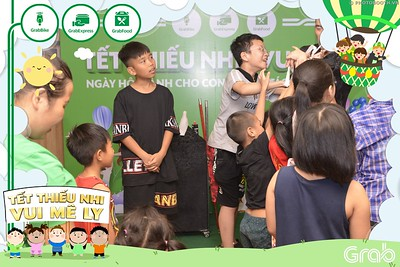 Grab-Hanoi-GrabKid-Children-Day-June-1-instant-print-photobooth-in-anh-lay-ngay-Quoc-te-Thieu-Nhi-2019-WefieBox-Photobooth-Hanoi-025