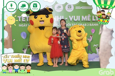 Grab-Hanoi-GrabKid-Children-Day-June-1-instant-print-photobooth-in-anh-lay-ngay-Quoc-te-Thieu-Nhi-2019-WefieBox-Photobooth-Hanoi-002