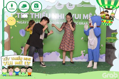 Grab-Hanoi-GrabKid-Children-Day-June-1-instant-print-photobooth-in-anh-lay-ngay-Quoc-te-Thieu-Nhi-2019-WefieBox-Photobooth-Hanoi-047