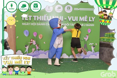 Grab-Hanoi-GrabKid-Children-Day-June-1-instant-print-photobooth-in-anh-lay-ngay-Quoc-te-Thieu-Nhi-2019-WefieBox-Photobooth-Hanoi-042