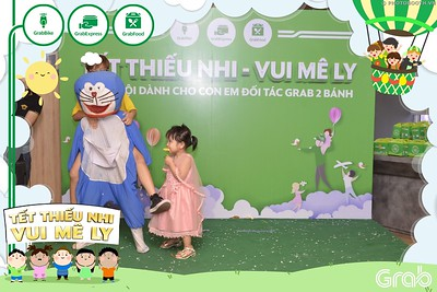 Grab-Hanoi-GrabKid-Children-Day-June-1-instant-print-photobooth-in-anh-lay-ngay-Quoc-te-Thieu-Nhi-2019-WefieBox-Photobooth-Hanoi-041