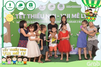 Grab-Hanoi-GrabKid-Children-Day-June-1-instant-print-photobooth-in-anh-lay-ngay-Quoc-te-Thieu-Nhi-2019-WefieBox-Photobooth-Hanoi-008