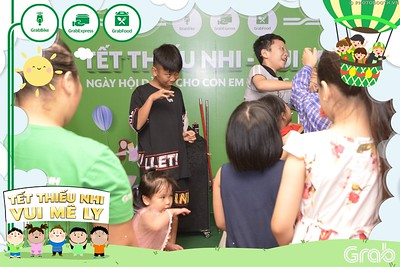 Grab-Hanoi-GrabKid-Children-Day-June-1-instant-print-photobooth-in-anh-lay-ngay-Quoc-te-Thieu-Nhi-2019-WefieBox-Photobooth-Hanoi-024