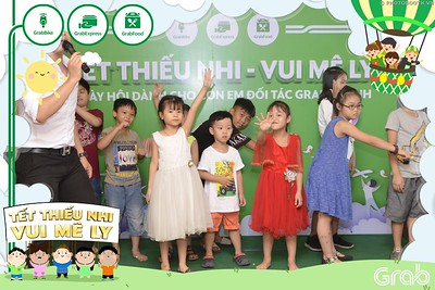Grab-Hanoi-GrabKid-Children-Day-June-1-instant-print-photobooth-in-anh-lay-ngay-Quoc-te-Thieu-Nhi-2019-WefieBox-Photobooth-Hanoi-013