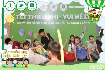Grab-Hanoi-GrabKid-Children-Day-June-1-instant-print-photobooth-in-anh-lay-ngay-Quoc-te-Thieu-Nhi-2019-WefieBox-Photobooth-Hanoi-012
