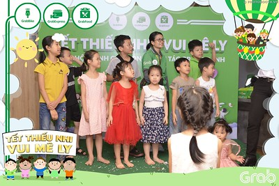 Grab-Hanoi-GrabKid-Children-Day-June-1-instant-print-photobooth-in-anh-lay-ngay-Quoc-te-Thieu-Nhi-2019-WefieBox-Photobooth-Hanoi-028