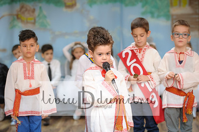 Serbare-Gradinita-Pitesti-036