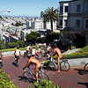 San-Francisco-California-Naked-cyclists-negotiate-the-hairpin-turns-of-Lombard-Street-600x4001