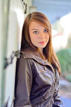 Sarah (19)