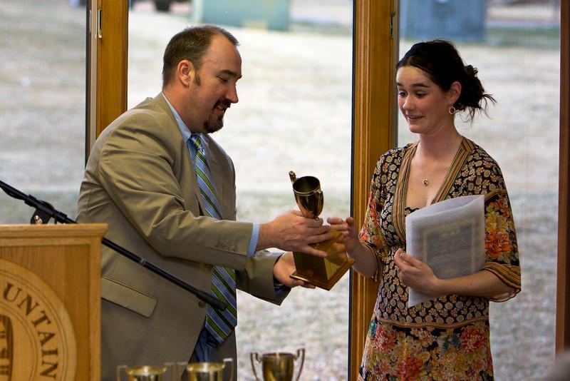 Carlie Breen winner of the Deans Cup (Graduating class 2008) receives the award from Anthony Piltz (Dean).
