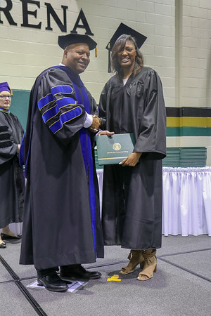 20180505-motlow-graduation-spring-2018-10am-037