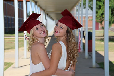 Lauren, Maddy and Miranda Senior Pics