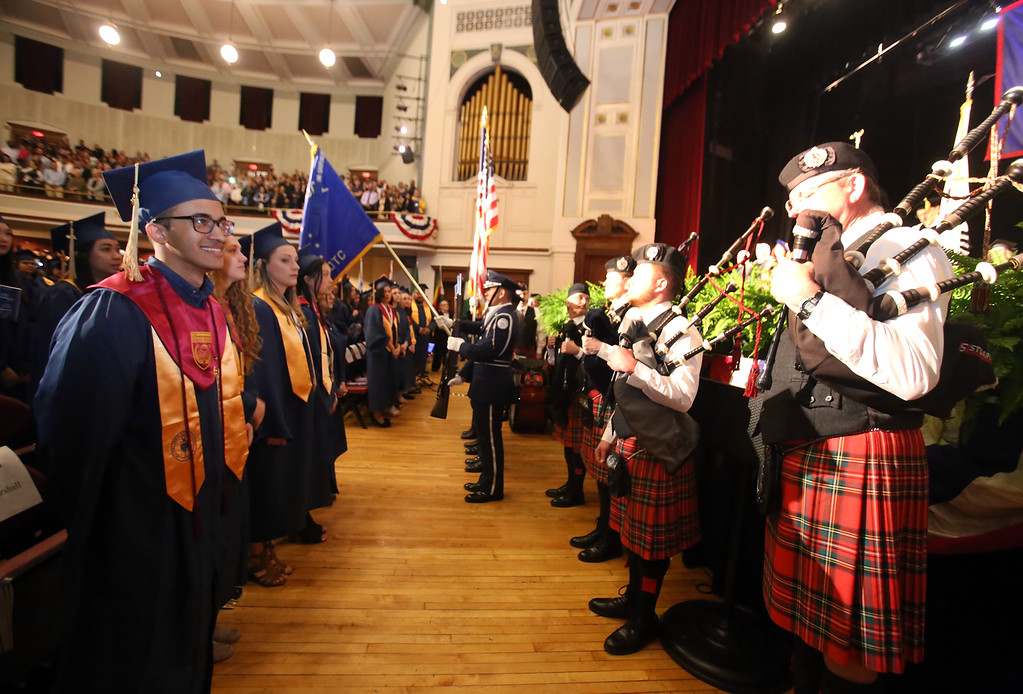 . Stuart Highland Pipe Band at Middlesex Community College commencement. (SUN/Julia Malakie)
