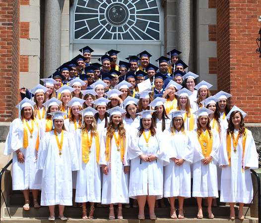 Diane Raver | The Herald-Tribune<br /> Prior to the ceremony, the Class of 2016 gathered outside the chapel.