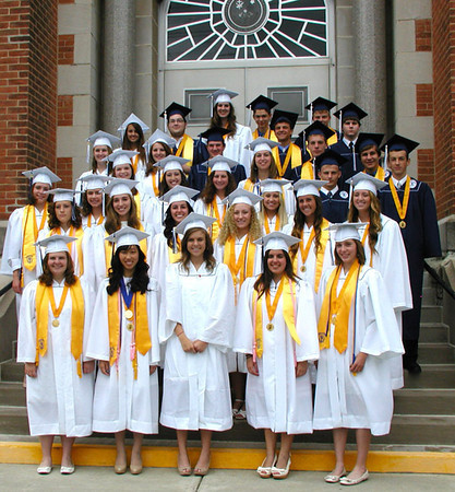 Diane Raver | The Herald-Tribune<br /> THE CLASS OF 2014 gathers on the chapel steps prior to the ceremony.