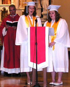 Diane Raver | The Herald-Tribune<br /> CANTORS Madelyn Hunger (from right) and Claire Dickey sing as the Rev. John Meyer listens.