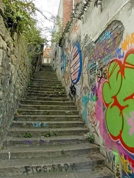 Tyne Bar steps