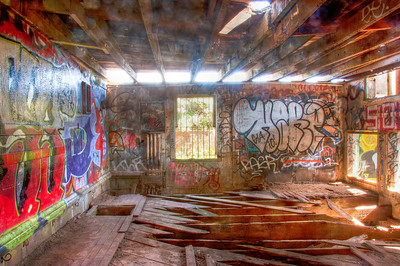 shed-graffiti