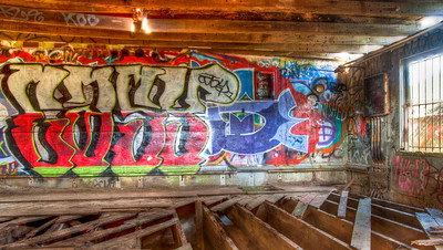 old-shed-graffiti-2