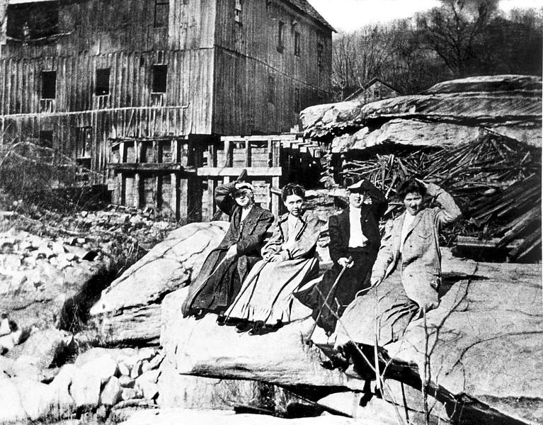 ValleyFalls1896