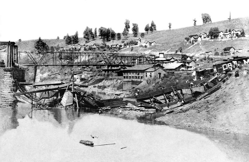 graftonbridgecollapse1890