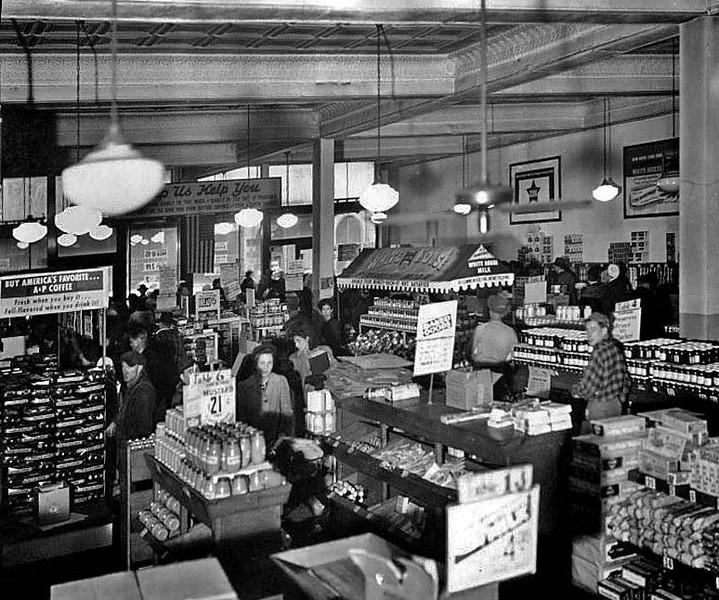 Interior of the A & P Grocery Store, Grafton, W. Va.