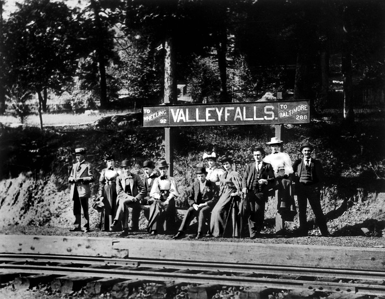 ValleyFallsRRStop1890's