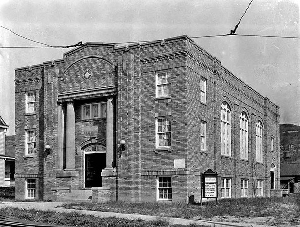 First Christian Church building on the corner of McGraw Avenue and Beech Street in Grafton, West Virginia 1922.