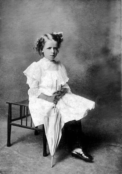 LoarPortraitUnidentifiedChildGraftonWV1890-1910