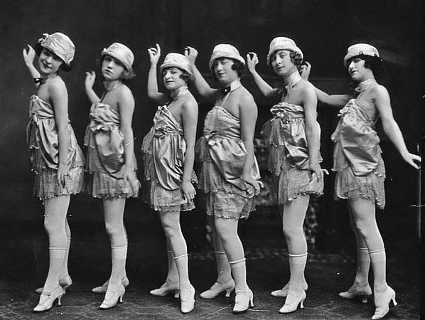 Zarrow's Yanks Show, Strand Theatre, Grafton, W. Va. - 1919