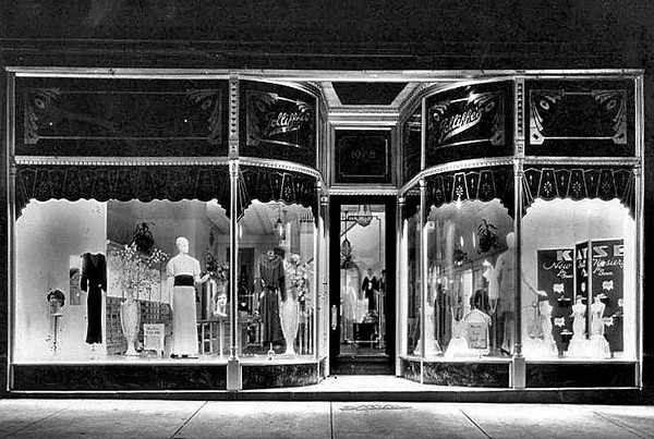 View of the window display of women's clothes at Jolliffe's store in Grafton, W. Va.