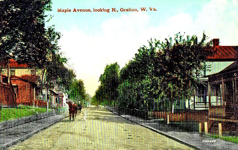 GraftonWV-MapleAvenueLokingNorth1913-j2