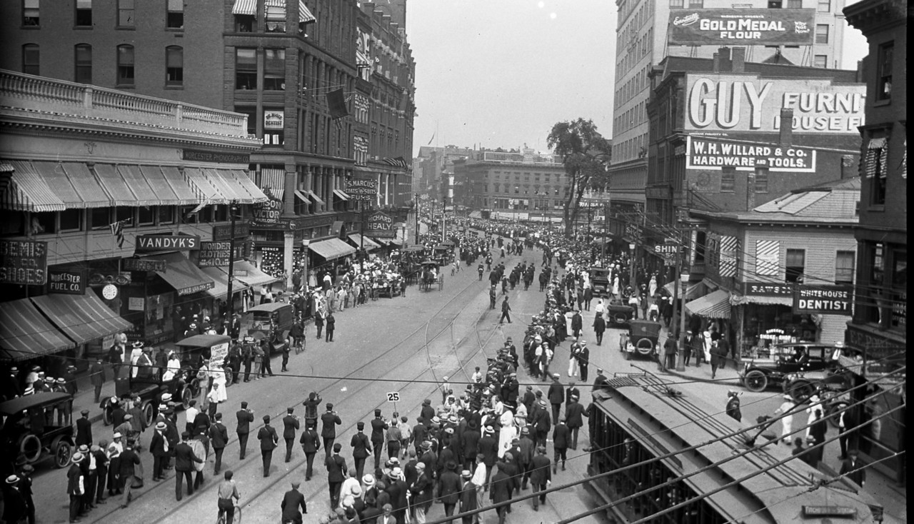 Worcester, Massachusetts, June 9, 1916, looking North on Main Street from the junction of Main and Southbridge Streets. Buffalo Bill Parade.