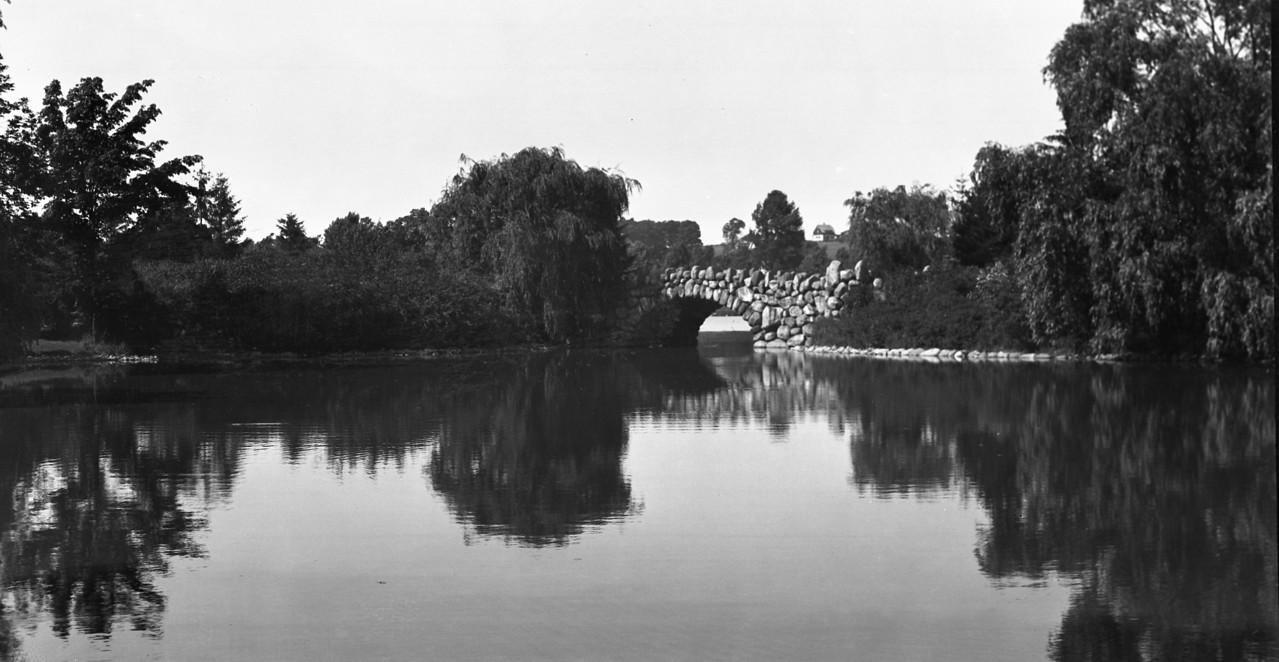 Worcester, Massachusetts, North (Burncoat) Park Stone Bridge   7-19-1916